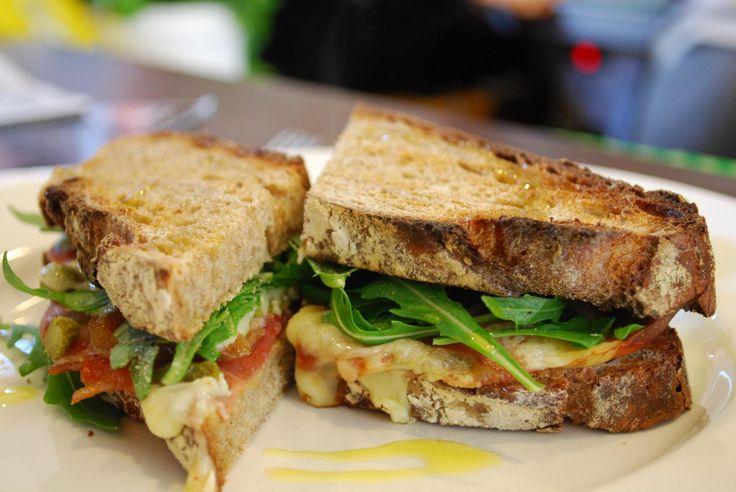 Τα 10 καλύτερα σάντουιτς της Αθήνας Και το ακόμα καλύτερο: αυτό που θα φτιάξετε εσείς!