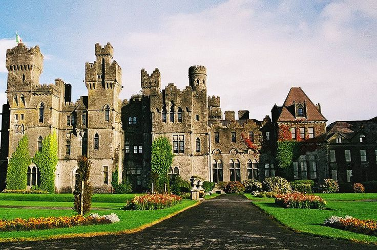Ashford Castle, located in Cong, County Mayo, is a 5-star deluxe property that is warm and comfy rather than stuffy.  Visited by many dignitaries and celebrities alike, Ashford is a perfect diversion from reality while traveling Ireland.