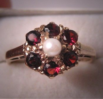 Estate Victorian Garnet Seed Pearl Ring by AawsombleiJewelry, $495.00