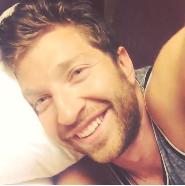I'd love to wake up to this face everyday! A girl can dream.
