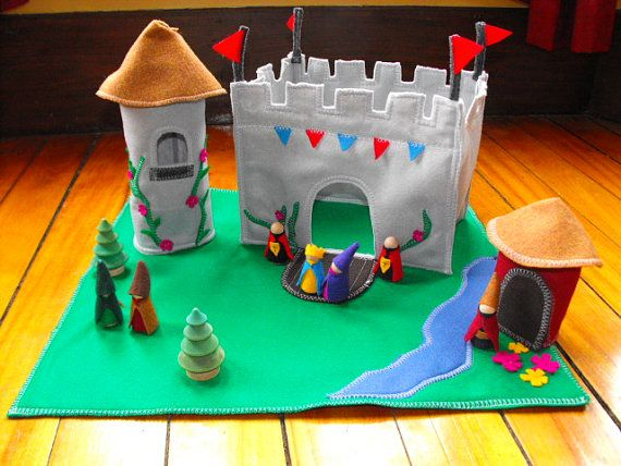 The King's Castle Wood And Felt Play set Large by Zooble on Etsy