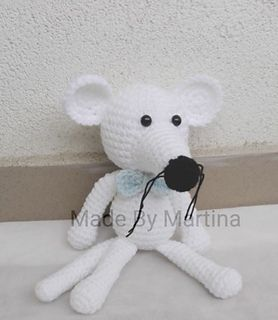 his pattern includes instructions how to crochet a mouse step by step, material you will need and some pictures.