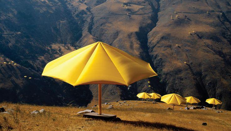 Christo + Jeanne-Claude: Enjoying Christo, Yellow Umbrellas, Blue Umbrellas, Jeanneclaud Umbrellas, California 1991, Contemporary Art, Art Installations, Inspiration Temporary, Land Art