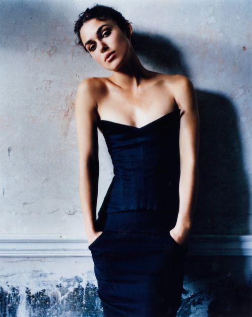 Keira Knightley.: Keiraknightley, Mario Testino, Celebrity, Vanities Fair, Keira Knightley, Vanity Fair, Beautiful People, Corsets Dresses, Vanityfair