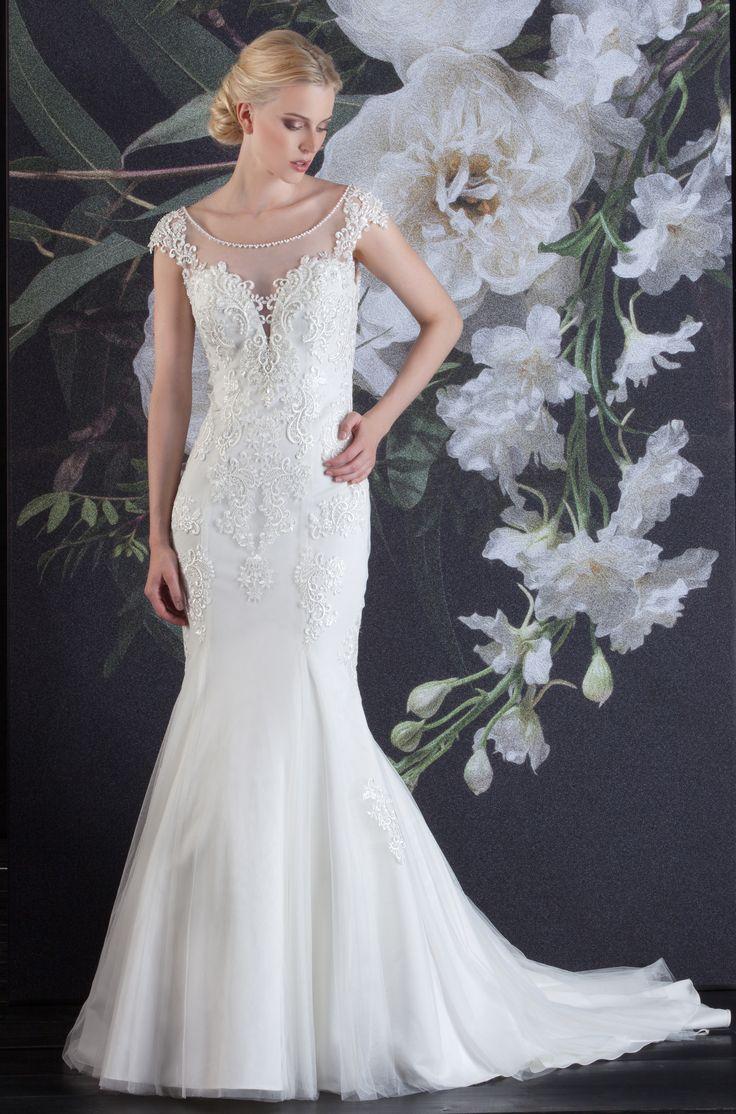 62 best Brautkleider 2018 images on Pinterest | Wedding frocks ...