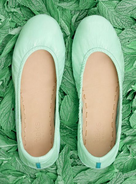 Refresh your color palette with eye-catching Mint crinkle patent Tieks. Perfect for summer!