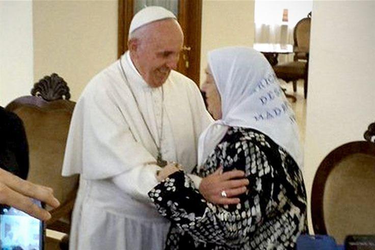 """UN PAPA POLITIZADO, ¿DEFENSOR DE CORRUPTOS, TAMBIÉN? La carta del papa Francisco a Hebe de Bonafini: """"No hay que tener miedo a las calumnias"""" VER MAS"""