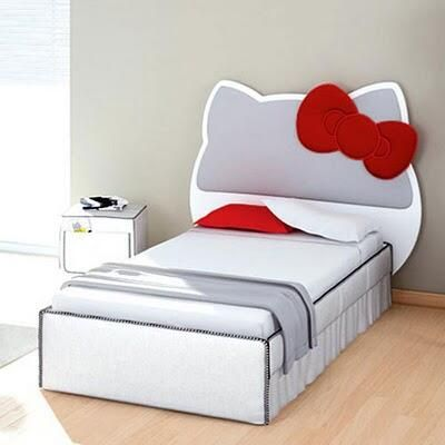 Hello Kitty bed. Uhh this is just too freakin cute, I want! It's not too childish & could actually work. But I'm sure it's expensive &/or impossible to find.