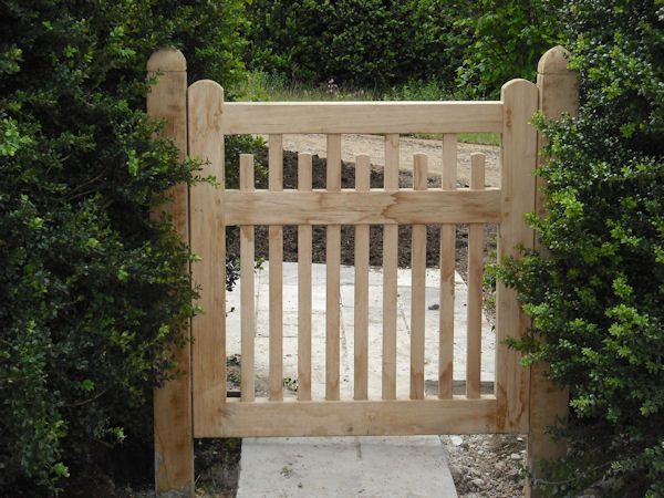 High Quality Oak Gates Built and Installed | Winterborne Zelston Fencing Dorset | Wooden Gates | Cleft Fencing