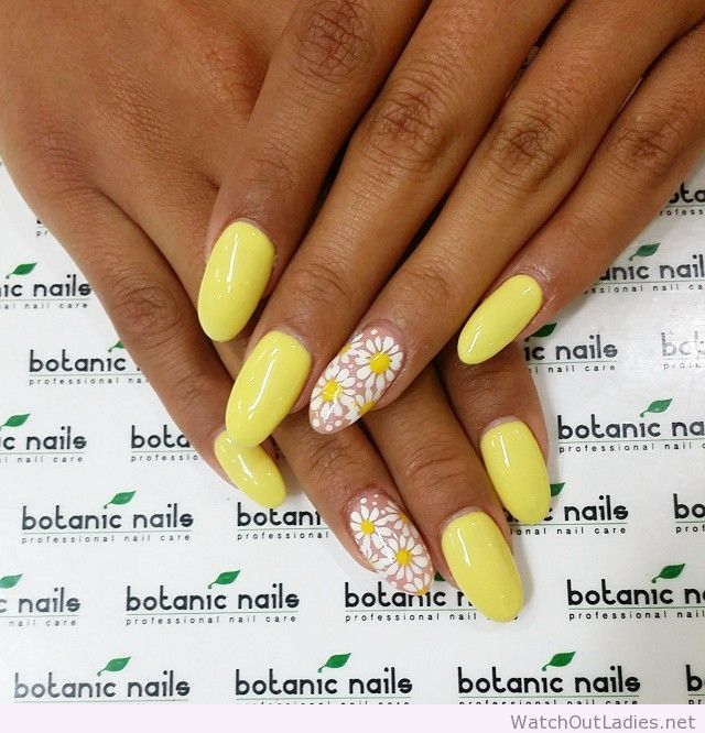 Botanic nails stiletto yellow with flowers