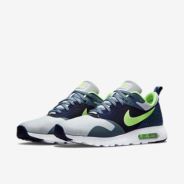 Nike Air Max Tavas Men's Shoe