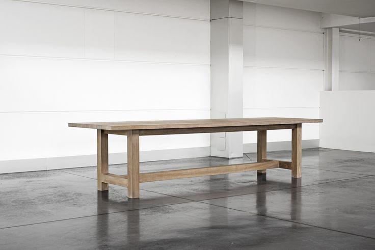 Kortrijk: landelijke geborstelde en gebeitste tafel – 2600 / 3200 / 4000 mm