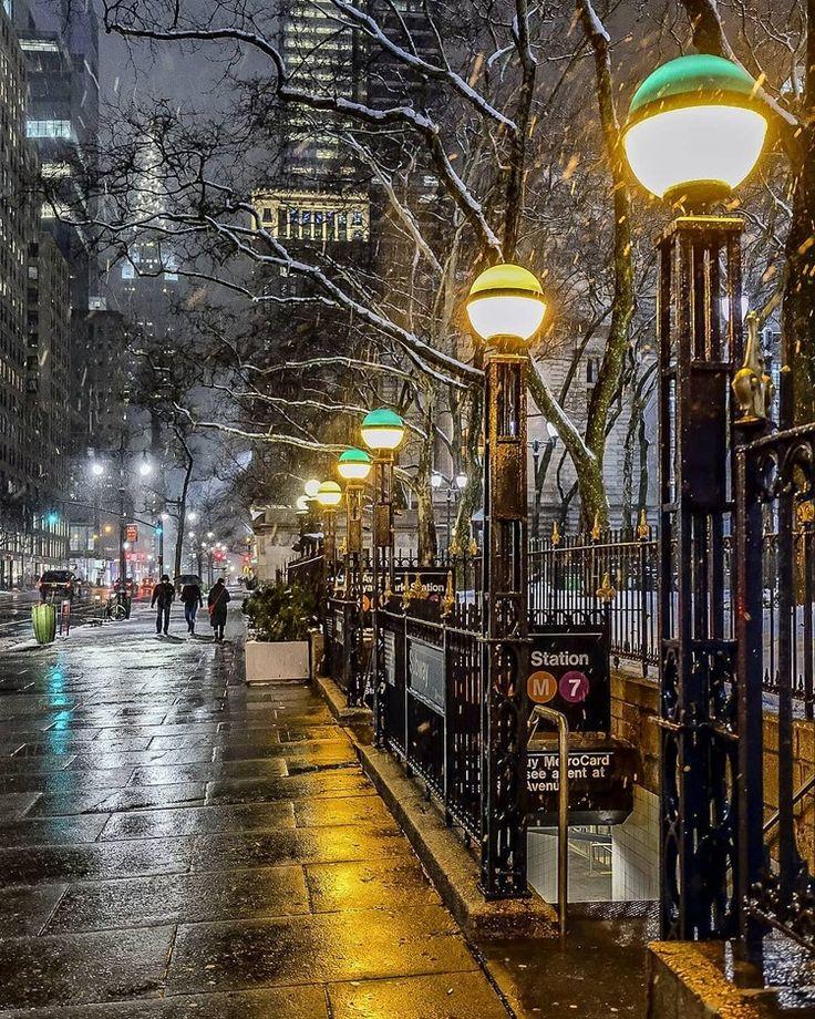 Streets In Manhattan: New York City, New York, Nyc