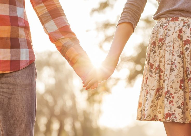 8 Things Happily Married Couples Do Differently