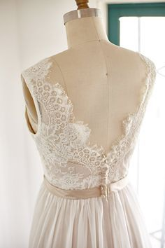 Spitze Chiffon Wedding Dress rückenfreie offenen von ABoverly1