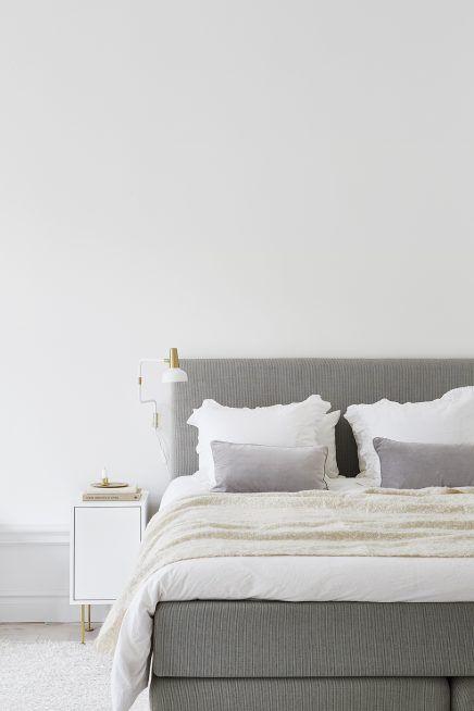 frisse-chique-slaapkamer-gouden-details-2
