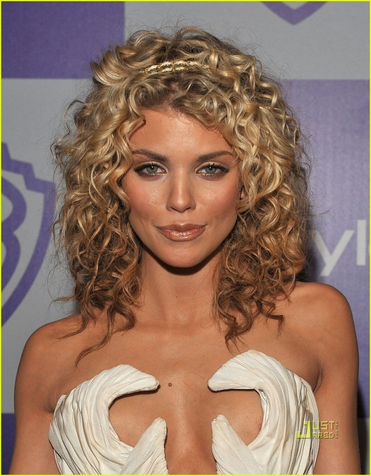 I wonder if I can get my hair permed to look like this