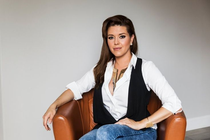 Shamed and Angry: Alicia Machado, a Miss Universe Mocked by Donald Trump - The New York Times