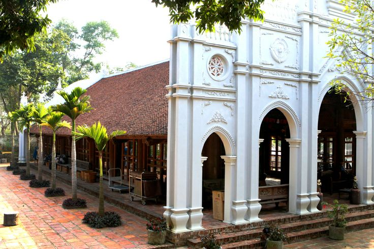 A Vietnamese church built in 1846 was brought here and converted to a communal hall to further enhance your stay. #HomestayExperience