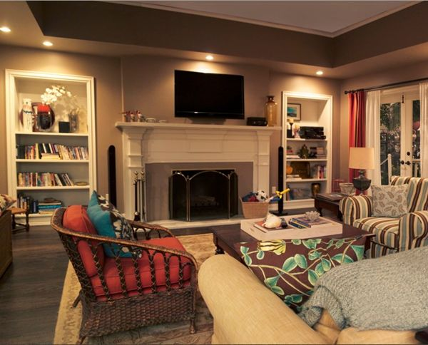 What You Can Learn About Lighting Design From Modern Family. Best 20  Family room lighting ideas on Pinterest   Built ins