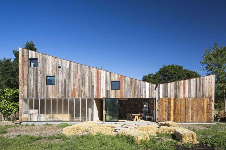 Meier Road Barn_Mork Ulnes Architects  cladding, timber cladding, outdoor ideas