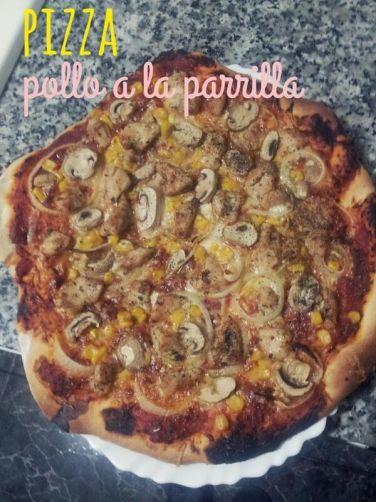 Pizza de pollo a la parrilla y champi ones para mycook - Pizza mycook ...