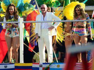 """J'ai lu l'article Coupe du Monde de Foot : Jennifer Lopez et Pitbull dévoilent le clip coloré de leur hymne """"We Are One"""" (VIDEO) sur http://www.closermag.fr/people/people-anglo-saxons/coupe-du-monde-de-foot-jennifer-lopez-et-pitbull-devoilent-le-clip-colore-de-leur-hymne-we-are-one-video-324542"""
