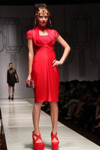 Red is sexy #Indonesian #Indonesianfashion #style http://livestream.com/livestreamasia