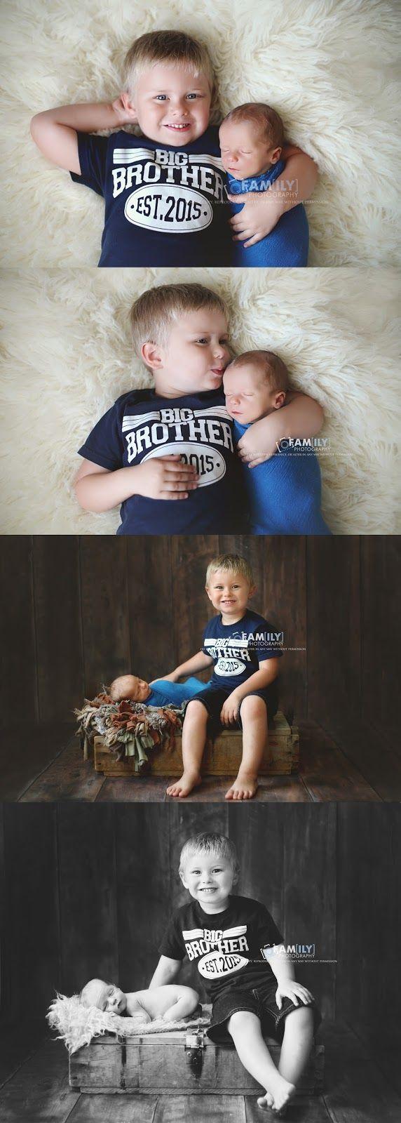 Familienfotografie, Neugeborene mit älterem Bruder, Neugeborene und Geschwisterfotografie