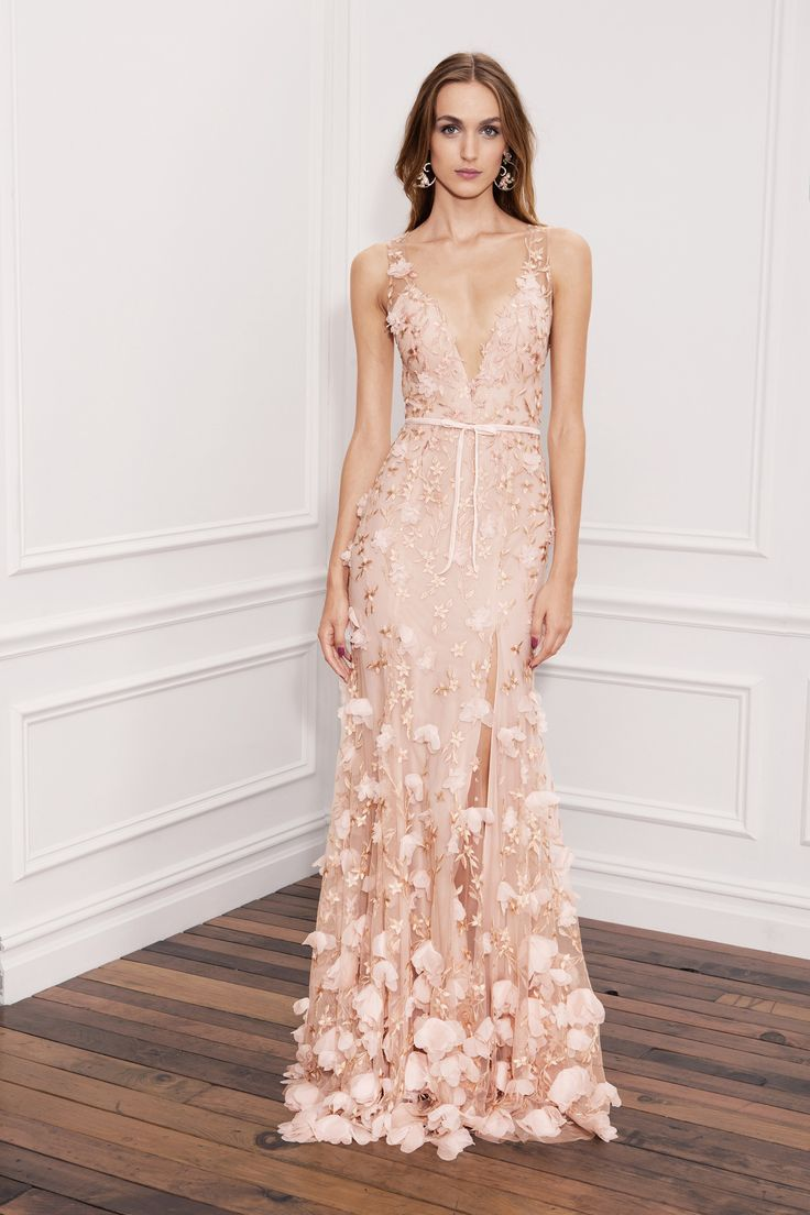 Marchesa Notte Spring 2018 RTW: The same peach floral appliqué design in a long gown. Stunning as always!