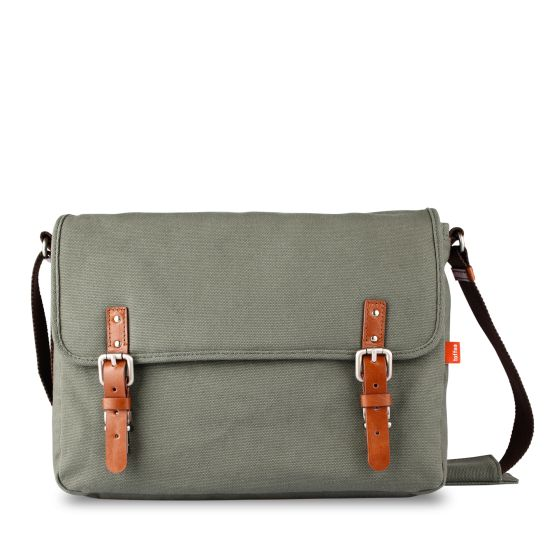 Toffee Cases Khaki Fitzroy Satchel #11inch #13inch #15inch #waxedcanvas #leather  Shop here >> http://www.toffeecases.com/en/home/38-fitzroy-satchel.html#/color-khaki_canvas/size-13_macbook_pc