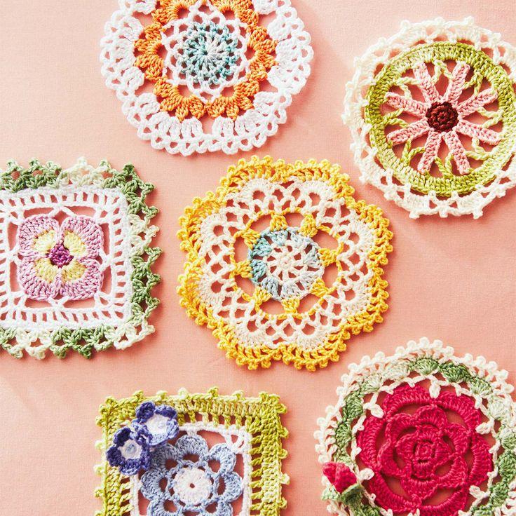 立体的に花を咲かせる10時間以上お部屋も気分もぱっと華やぐ立体の花。|鮮やかに咲かせる 立体お花のかぎ針編み レースドイリーの会