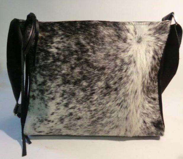 KUHIE, Kuhfelltasche schwarz-weiß mit Fransen von Gmischtesach:  Die Tasche mit der Kuh !! auf DaWanda.com