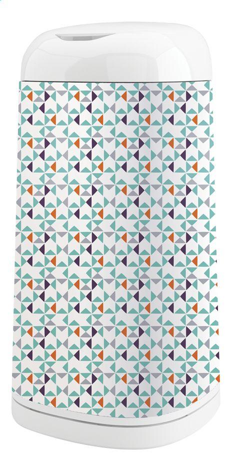 Les imprimés géométriques sont un must du style scandinave. Pimpez votre poubelle à langes Dress Up d'Angelcare grâce aux formes géométriques tendances de cette housse geometrie. Elle attirera le regard à coup sûr !