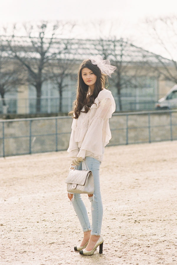 Peony Lim, before Valentino, Paris, March 2012 (Vanessa Jackman)