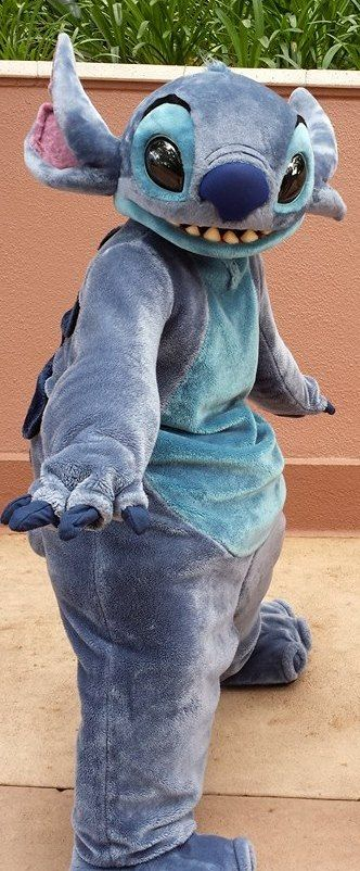 Stitch, from Lilo & Stitch, at Disney's Hollywood Studios at Disney World. ~~~ To receive a list of 45 great #Disney World freebies see: http://www.buildabettermousetrip.com/disney-freebies/