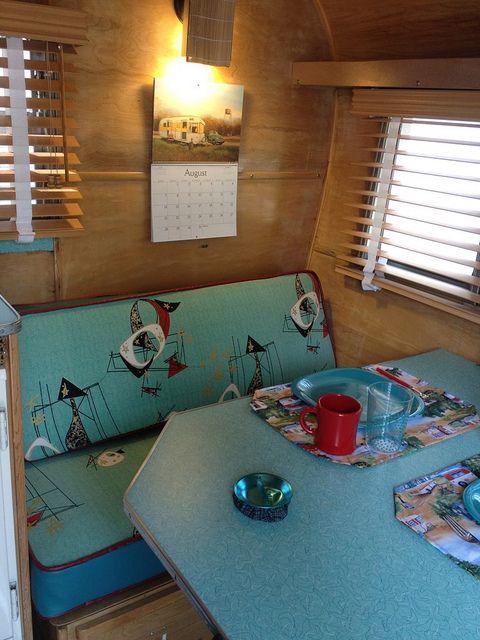 oohh I really like this vintage caravan interior!