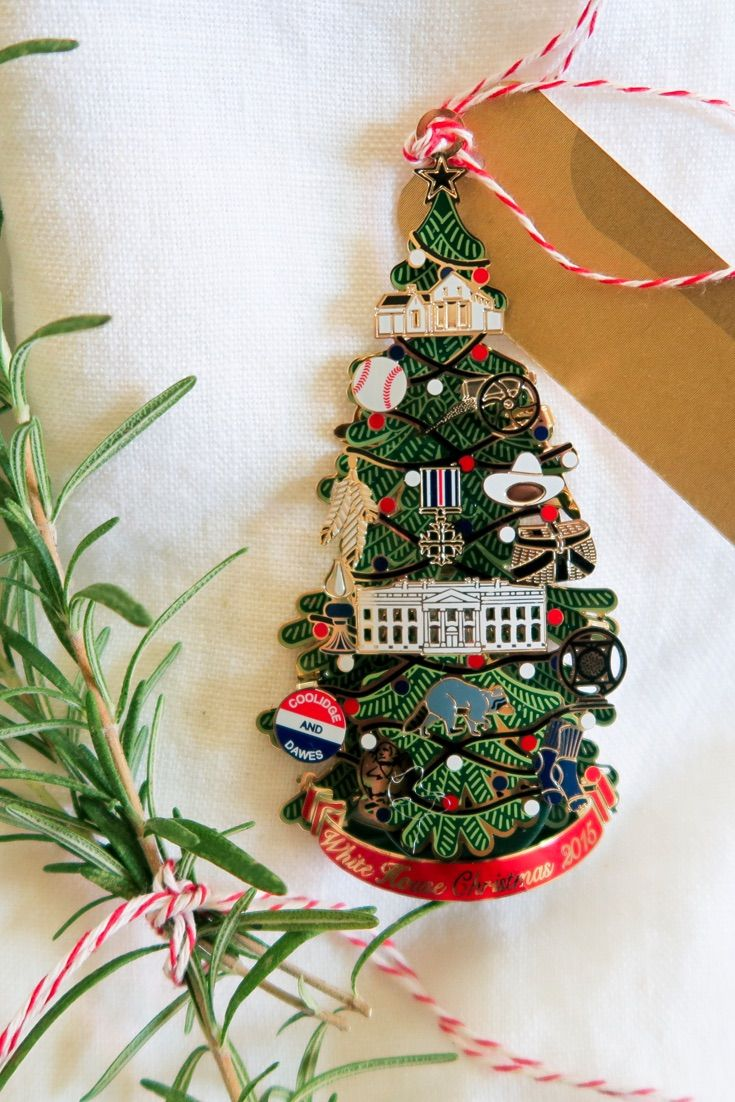White house christmas ornaments by year - Give Your Guests The Gift Of History By Adorning Their Plates With The 2015 Official White House Christmas Ornament