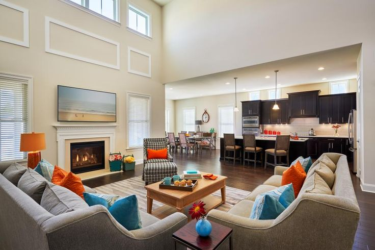 Bold Accents Pop in Comfortable Great Room