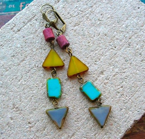 Renee Loughlin Designs: Triangle Earrings, Triangles Earrings, Earrings Prague, Jewelry Design, Wore Jewelry, Modern Jewelry, Jewelry Earrings, Handmade Jewelry, Jewelry Boxes