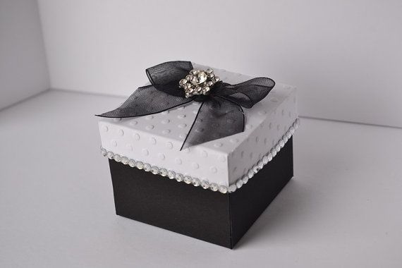 Small Gift For Wedding: Elegant Small Gift Box, Party Favor For A Prince Or