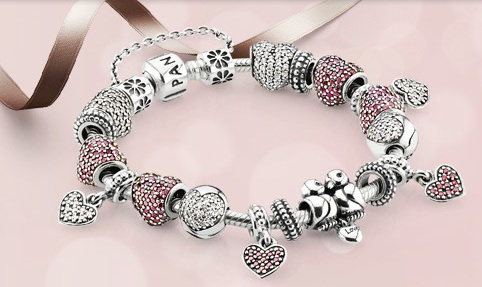 #Pandora's 2013 Valentine's Day Collection. #Valentine #ValentinesDay #Jewelry #CharmBracelet