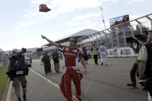 """Fernando Alonso después de su carrera en Australia 2012. """"Estoy contento, puntos muy valiosos""""."""