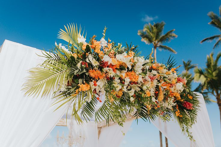 482 Best Tropical Wedding Ideas Images On Pinterest: 60 Best Tropical Themed Weddings Images On Pinterest
