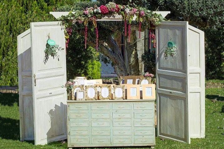 Mejores 61 im genes de alquiler muebles vintage primera for Decoracion bodas valencia