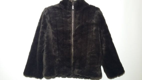 Woman Fur Coat / Short Fur Coat / Vintage Woman Faux Fur Coat / Winter Fox Coat / Teenage 90s Jacket / Warm Girls Fur Jacket /Brown Fur Coat