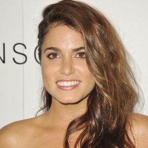 ... Nikki Reed | Celebrity Hairstyles | Pinterest | Nikki reed and Lungs