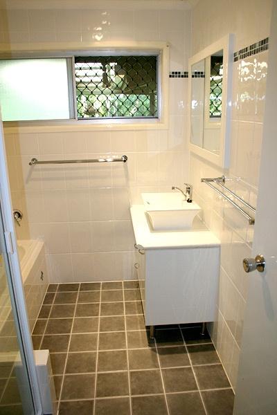 Vanity Bathroom Brisbane best 25+ bathroom renovations brisbane ideas only on pinterest
