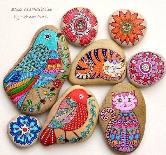 Pintados a mano pintada piedra gato gato por ISassiDellAdriatico