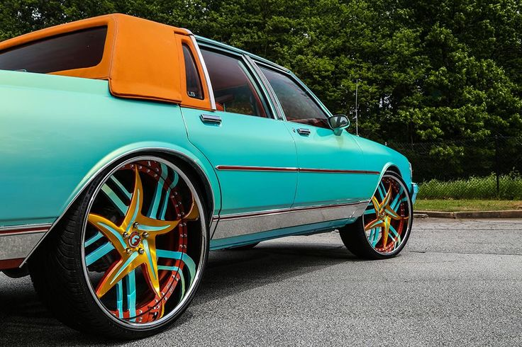 Turquoise 1989 Chevrolet Caprice (Box Chevy) gets cool Forgiato Wheels (5)